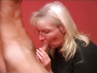 russian grown-up mother guy fucking part1