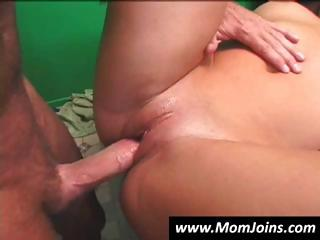 randy spears acquires it on with a mom with