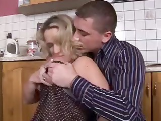 naughty bleached mom seduces the teenager then