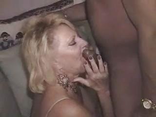 sexy mature blond gettin bbc