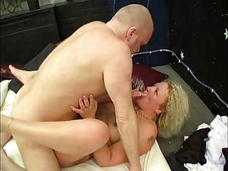 cougar albino chest