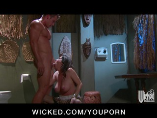 busty bigtit brunette cougar babe fucked into al