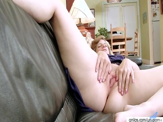 chubby furry belle sex toys her kitty
