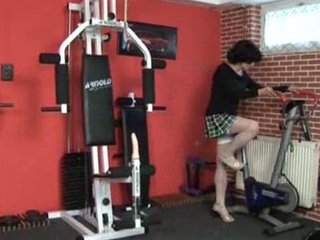 mature-sex at the gym
