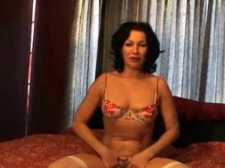 bekah - cougar attractiveness - 2