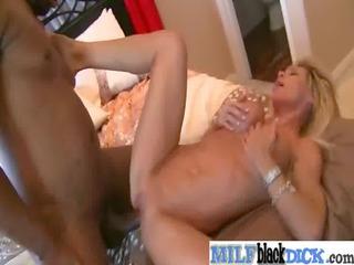 cougar girl like to bang uneasy brown dick vid-26