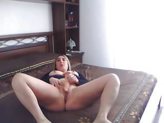 american woman masturbate for me...pussy and anal