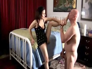 wonderful cougar legs drill and blowjob