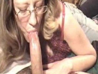 lady cock sucking pt 1