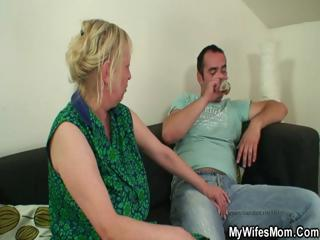 she finds him fucking her mom