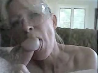lady and fucker having some oral fun