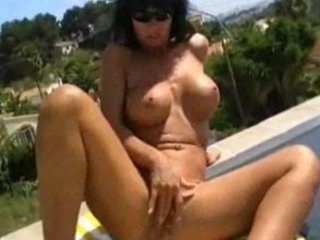 nadja summer finhering dildoing german lady hotttt