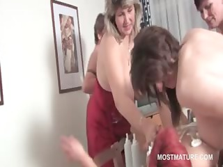 group copulate lesbo matures suck kitty and fuck