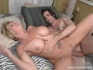 desperate pale lady takin cock balls deep