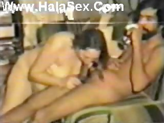 egyptian lady drilled arab guy